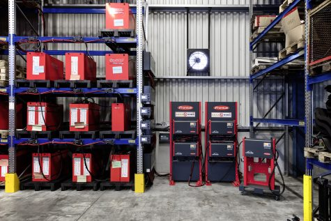 For Linde Hungary, Fronius installed a charging system with four Switch Boxes, each connected to a high frequency battery charging system from the Selectiva 8090 range.